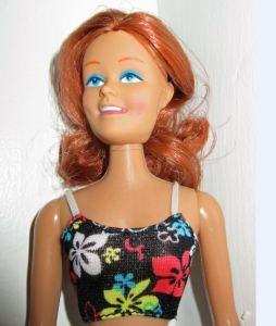 Mini Mod Doll has no eyelashes